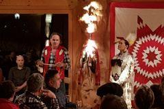 Prärie-indianische Tänze und Geschichten - 31. Januar 2018 - von Acosia Red Elk und Charly Juchler